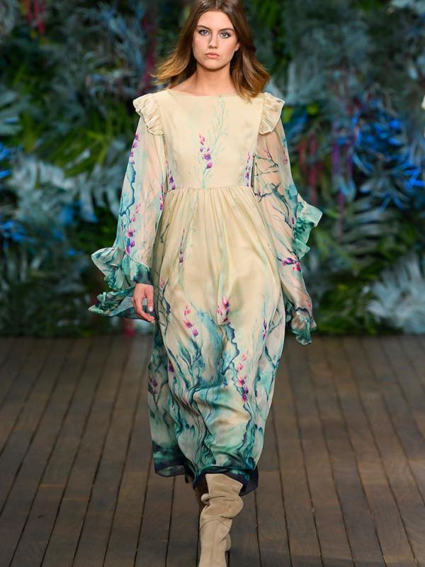 Sirena haljine i kostimi od najfinijeg antilopa: kolekcija Alberta Ferretti Cruise