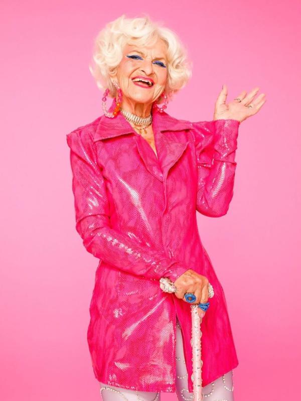 90-godišnja blogerka Badi Vinkl lanisrala kolekciju kozmetike