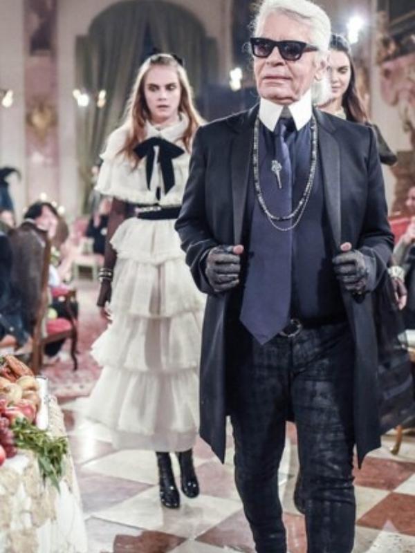 Šou Chanel Métiers d'Art se vraća u Pariz