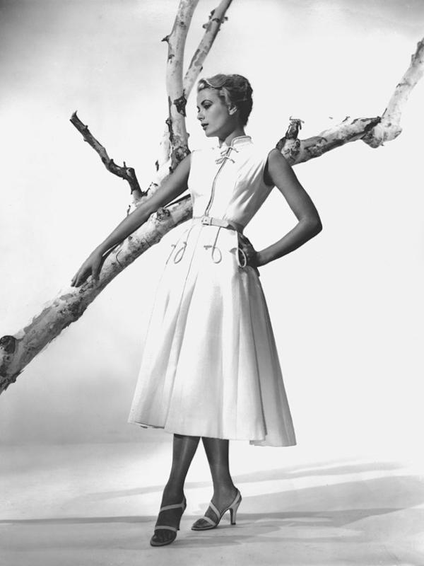 Moderne sandale za ples u duhu pedesetih godina