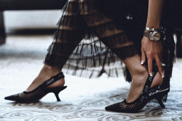 Niska potpetica i mašna: 10 najotmenijih pari cipela za proleće