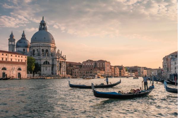 Skidamo maske: nepoznata turistička mesta u Veneciji