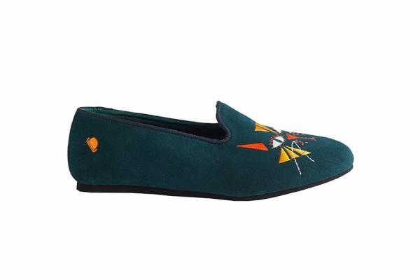 ravne-cipele-i-papuce-savrsena-obuca-za-ugodan-boravak-kod-kuce (1).jpg