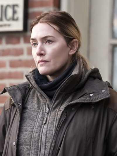 Emi nagrada Kejt Vinslet za ulogu u seriji Mer iz Istauna nije samo nagrada, već omaž ženama srednjih godina (3).jpg